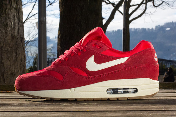 air max one femme rouge